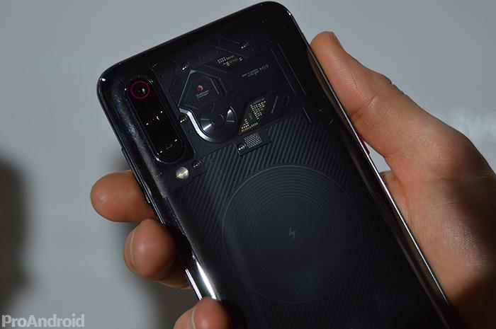 Primeras impresiones del Xiaomi Mi 9: un gama alta a un precio rompedor