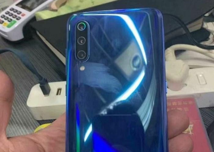 Este es el aspecto del Xiaomi Mi 9 en imágenes reales