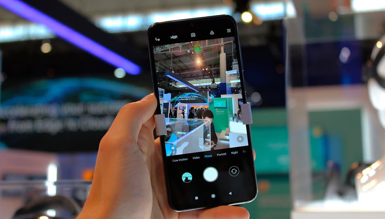 Sony está preparando un móvil con 6 cámaras en la parte trasera