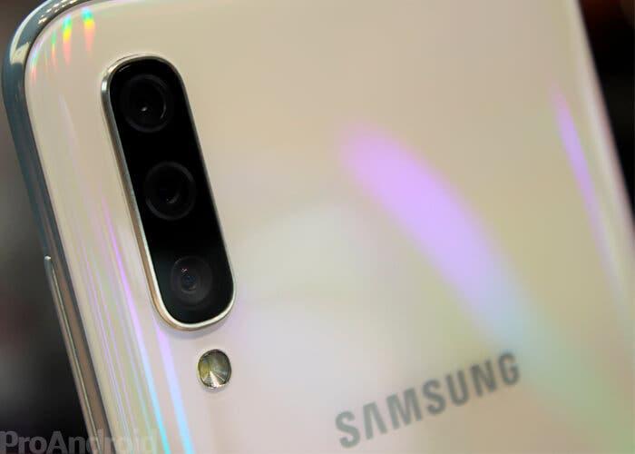 El Samsung Galaxy A90 sí que llegará oficialmente a Europa