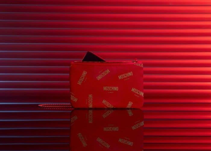 El Honor 20 llegará con algunos accesorios en la edición especial Moschino