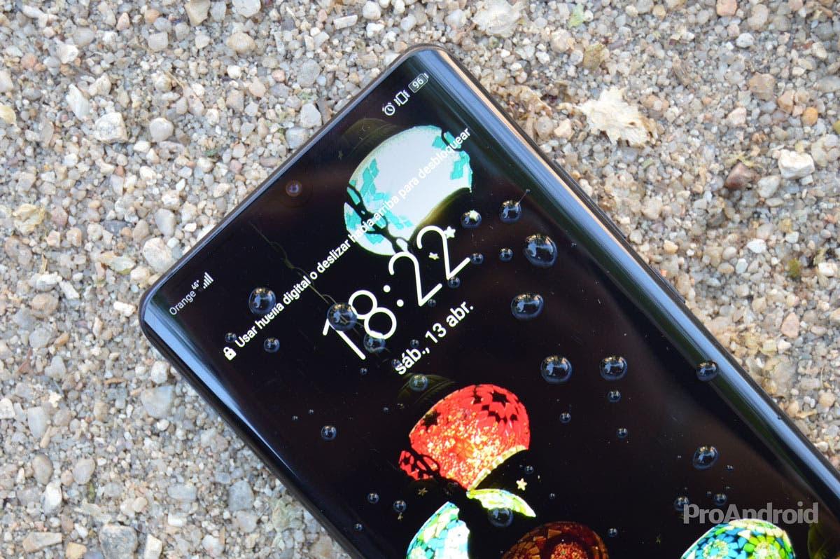 Huawei rectifica y elimina la publicidad de sus fondos de pantalla