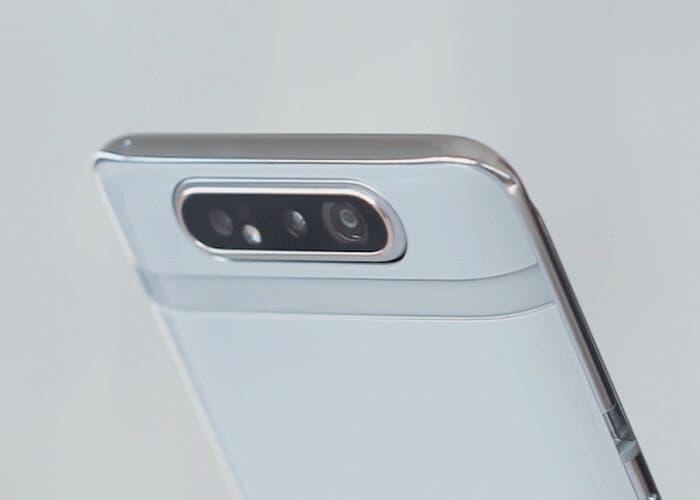 Así son las peculiares fundas del Samsung Galaxy A80