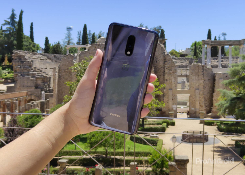 Tu OnePlus 7 no se está volviendo loco, la compañía pide disculpas