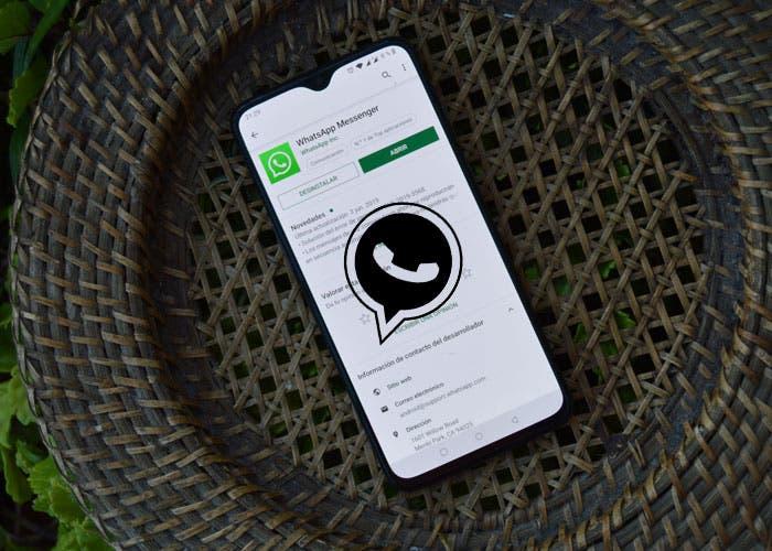 Así puedes activar el modo oscuro en WhatsApp Web