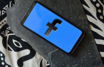 El modo oscuro comienza a aparecer en Facebook