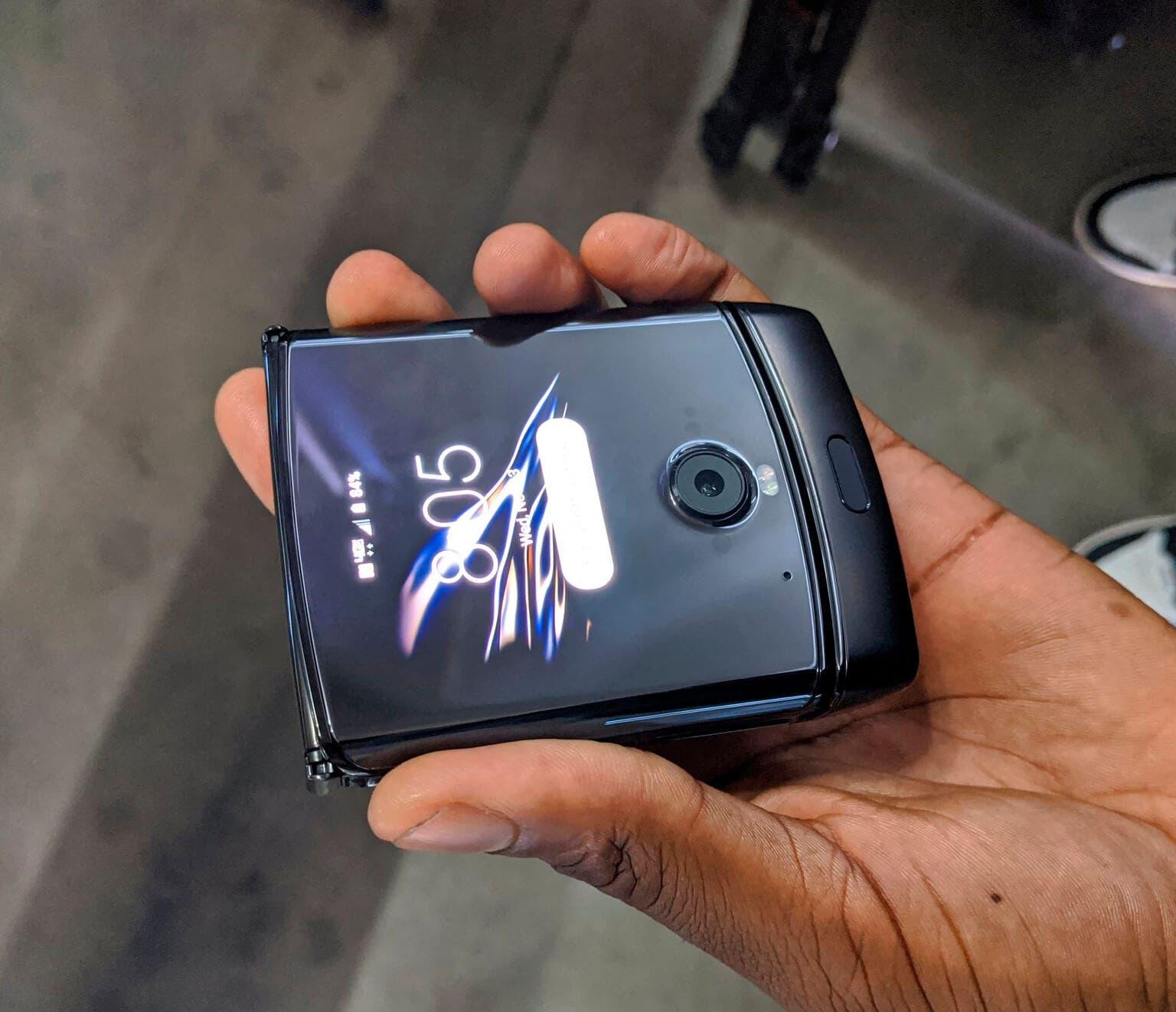 Motorola razr plegado