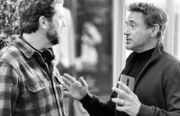 Filtrado el diseño del OnePlus 8 en las manos de Robert Downey Jr
