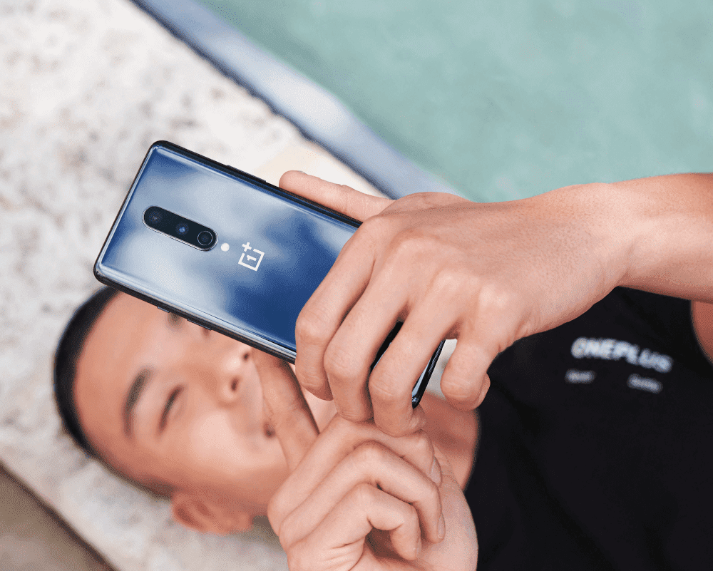 OnePlus 8 negro