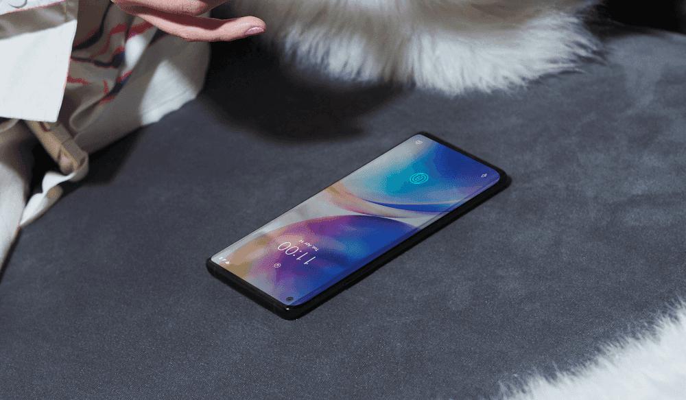 OnePlus 8 pantalla