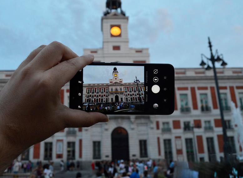 Los 4 trucos esenciales para hacer mejores fotos con el móvil